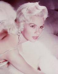 Jayne Mansfield (poedie1984) Tags: jayne mansfield vera palmer blonde old hollywood bombshell vintage babe pin up actress beautiful model beauty girl woman classic sex symbol movie movies star glamour hot girls icon sexy cute body bomb 50s 60s famous film kino celebrities pink rose filmstar filmster diva superstar amazing wonderful photo picture american love goddess mannequin mooi tribute blond sweater cine cinema screen gorgeous legendary iconic black white lippenstift lipstick color colors oorbellen earrings gezicht face