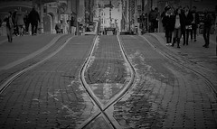 Wisselplaats (Peter ( phonepics only) Eijkman) Tags: amsterdam city combino gvb tram transport trams tramtracks trolley rail rails bruggen bridges brug bridge strassenbahn streetcars nederland netherlands nederlandse noordholland holland