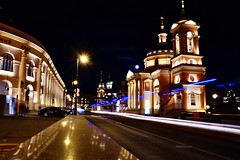 Tha pulse of the city (prokhorov.victor) Tags: вечер город москва улица здания архитектура храм церковь свет
