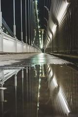 Oportunidades que da la lluvia (Jorgepevet) Tags: starburst england bristol cliftonsuspensionbridge reflection nightphotography starbursteffect