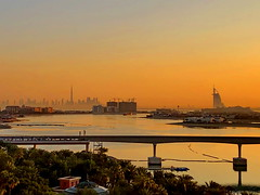 Daybreak in Dubai (+1) (peggyhr) Tags: peggyhr sunrise monorail ocean dubai uae arabiangulf dubaiskyline carolinasfarmfriends super~six bronze ☆ stage 1 super~sixbronze☆stage1☆ thelooklevel1red super~six☆stage2☆silver super~six☆stage3☆gold morgenrotundabendrot