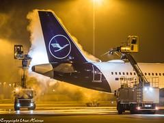 Deicing Lufthansa D-AIBF HAJ 122019 (U. Heinze) Tags: aircraft airlines airways airplane haj hannoverlangenhagenairporthaj flugzeug planespotting plane olympus omd eddv em1markii 12100mm