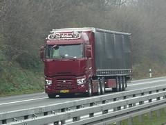Renault T-range high from Lars Meldkede Denmark. (capelleaandenijssel) Tags: cj86164 truck trailer lorry camion lkw dk