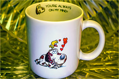 Mug with Words HSoS (Dotsy McCurly) Tags: smileonsaturday mugswithwords hsos happysmileonsaturday youarealwaysonmymind mug words 70s canoneos80d efs35mmf28macroisstm