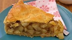 Apfelkuchen (Sanseira) Tags: kuchen apfelkuchen wittelsbacher schlos cafe