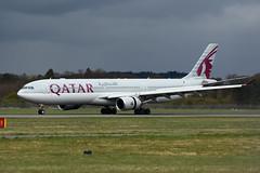 Photo of A6-AEM Airbus A330-302 EGPH 22-04-18