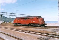 NSB Di 3 619 (Stig Baumeyer) Tags: diesellocomotive diesel diesellokomotive diesellok diesellokomotiv di3 nsb norgesstatsbaner nsbdi3 nohab nohabgm nydqvistholm emd electromotive trollhättan trondheim generalmotors gm gm16567