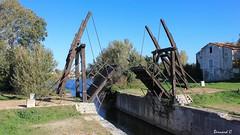 Le Pont Van-Gogh (Bernard C**) Tags: canon france provence paca provencealpescôted'azur bouchesdurhône arles canal pont