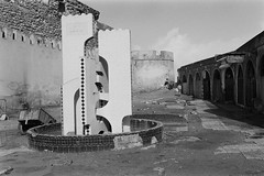 DSC_6903 (mathendrix) Tags: 2018 africa blackwhite essaouira homedeveloping kodaktmax400 leicacl leicasummicron40mm marroco roll2 analog