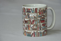 20191207 Mug with Words - the Cat's Library- in Explore (Dolores.G) Tags: smileonsaturday mugswithwords 365the2019edition 3652019 day341365 07dec19