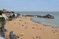 Broadstairs beach (SteveInLeighton's Photos) Tags: england stephenmakin beach kent 2019 nikond3300 sand july broadstairs