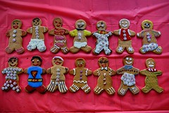2019 gingerbread men contest (Dave Bickley) Tags: christmas gingerbreadmen 2019 fujixt3 fujifilm fuji xf1655mm