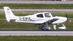 Cirrus SR22-GTS D-EWGL Private (William Musculus) Tags: aviation plane airplane airport spotting william musculus suttgart flughafen edds str dewgl private cirrus sr22gts sr22