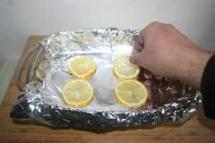 22 - Zitronenscheiben einlegen / Put in lemon slices (JaBB) Tags: salmon lachs salmonfilet lachsfilet honig honey garlic knoblauch lauch leek linsen lentils kartoffeln potatoes zitrone lemon sahne cream gemüsebrühe vegetablebroth food fish fischlunch dinner essen nahrung nahrungsmittel mittagessen abendessen kochen cooking rezept recipe kochexperiment kochexperimente
