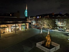 Hotwalls xmas tree (snaprails) Tags: night portsmouth hampshire southsea seaside