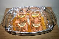 41 - Honey garlic glazed salmon with leek lentil vegetables - Finished baking / Lachs mit Honig-Knoblauch-Glasur an Lauch-Linsen-Gemüse - Fertig gebacken (JaBB) Tags: salmon lachs salmonfilet lachsfilet honig honey garlic knoblauch lauch leek linsen lentils kartoffeln potatoes zitrone lemon sahne cream gemüsebrühe vegetablebroth food fish fischlunch dinner essen nahrung nahrungsmittel mittagessen abendessen kochen cooking rezept recipe kochexperiment kochexperimente
