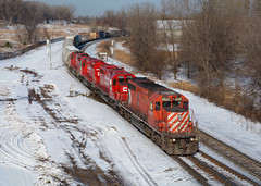 CP 6045- Down the grade to St. Paul Yard (Khang Lu) Tags: cp canadian pacific mn minnesota st paul subdivision mississippi street emd sd402 6045 bncp train railroad locomotive