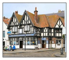The Newcastle Packet, Sandside, Scarborough, Yorkshire (Lincolnian (Brian)) Tags: newcastlepacket pub scarborough yorkshire abc england uk building listedbuilding architecture