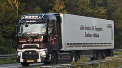 NL - Leon Suntjens Renault Range T Highsleeper (BonsaiTruck) Tags: leon suntjens renault range highsleeper lkw lastwagen lastzug truck trucks lorry lorries camion caminhoes
