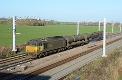 67023 67027 aa Harrowden Jct 301118 D Wetherall (MrDeltic15) Tags: colas class67 67023 rhtt 3j92 67027 harrowdenjunction midlandmainline