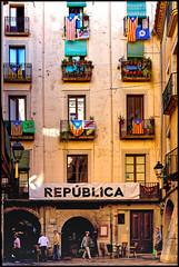 República | Girona, Catalonia (Flemming J. Gade) Tags: house estalada si república independence llibertat girona catalonia