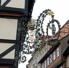 Quedlinburg detail (Schwanzus_Longus) Tags: quedlinburg german germany old classic vintage historic house building