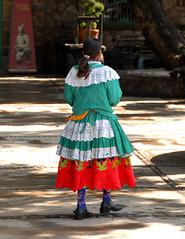 Mujer Mazahua Woman Zitacuaro Michoacan (Teyacapan) Tags: mujer mazahua michoacan edomex sansimondelalaguna trajes ropa vestimenta