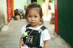 cute girl (the foreign photographer - ฝรั่งถ่) Tags: cute girl children khlong thanon portraits bangkhen bangkok thailand canon