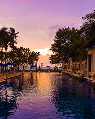 Beautiful evening at the Seaview Hotel, Khao Lak, Thailand. (niknak2016) Tags: seaviewhotel centaraseaviewhotel khaolak khaolaklightbeacon phangnga thailand hotel evening eveningsky dusk sunset sundown colourfulsky sky pool travel wanderlust holiday travelphotography vacation asia beautifulview nature mothernature beautifulscenery coloursofnature sunsetcolours relax serene tranquil
