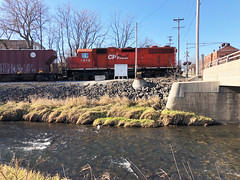 Moving Upstream Along Kent Creek at Cedar Street Rockford IL December 6 2019 (Tom J. Burke) Tags: rockford cp cprail canadianpacific kentcreek il illinois train railroad cedarstreet