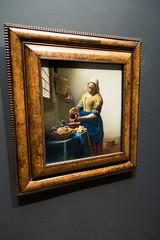 1660 The Milkmaid by Johannes Vermeer (quinet) Tags: 2017 amsterdam antik netherlands rijksmuseum ancien antique museum musée northholland neterlands