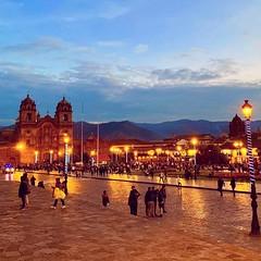 Cuando las farolas y los faros sustituye al sol, Cusco se convierte en una hermosa y magica ciudad. 😍 No esperes más para reservar tu próximo destino!!! 🌐 https://www.cuscotransport.com/ ------------------------------- :cam (cuscotransportweb) Tags: transporteprivadocusco turismo citytourcusco perú vacaciones cusco cuscotransport viajar