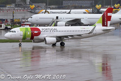 DSC_6240Pwm (T.O. Images) Tags: air portugal tap airbus a320 man manchester