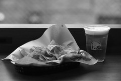 Taco Bell (Typ250) Tags: 東京都 日本 leicam leica leicammonochrom monochrome mmonochrom summarex summarex85cm summarex85mm summarexf85cm115