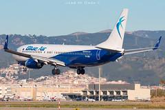 Blue Air B737-82R YR-BMJ (José M. Deza) Tags: 20190407 b73782r bcn blueair boeing elprat lebl planespotting spotter yrbmj aircraft