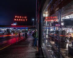 Saturday Night's reflections. (Brendinni) Tags: night nightphotography pikeplacemarket longexposure seattle seattlewa reflection reflections reflective red cartrails blue holidaylights