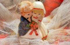 Cuando el príncipe destiñe - Diaz De Vivar Gustavo (Diaz De Vivar Gustavo) Tags: cuando el príncipe azul destiñe diazdevivargustavo relacion pareja amor sapo muñeco de bodas