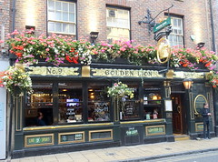 The Golden Lion pub in York (Tony Worrall) Tags: north update place location uk visit area attraction open stream tour photohour photooftheday pics country item greatbritain britain british gb capture buy stock sell sale outside dailyphoto outdoors caught photo shoot shot picture captured ilobsterit instragram england yorkshire yorks scene scenery york city goldenlion pub inn drink ornate tavern olden boozer