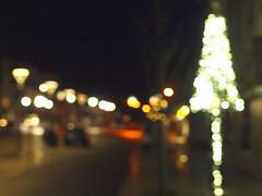 ADVENTBOKEH _C239981 (hlh 1960) Tags: licht light lichter tannenbaum advent laterne colour bokeh weis white street strasse