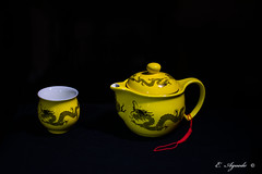 Tea (E. Aguedo) Tags: porcelain tea yellow dragon pot drink beijing china chineseculture ceramics tradition teapot indoors background