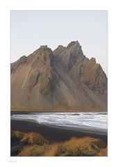 Iceland 2019 (Michael Fleischer) Tags: iceland autumn landscape sky colour mountain beach sand gravel evening wave vestrahorn nikon d810 nikkor 70200mm f40 vr stokksnes