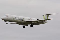 "D-AOLG Fokker 100 Avanti Air ""IdealTours livery"" (LIL/LFQQ) (geoffrey.zdcki) Tags: daolg spotter spotting arrival landing lil lfqq lilleairport lille nikon deutsch avantiair idealtours aviation f100 fokker fokker100"