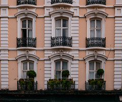 Paddington (nairraghav227) Tags: architecture windows balcony color white beige cream garden grass london paddington uk dawn morning walk