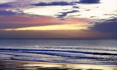 The beach in winter (Ciceruacchio) Tags: beach plage spiaggia winter hiver inverno decembre dicembre sea mer mare ocean oceano atlanticcoast côteatlantique costaatlantica nouvelleaquitaine france francia frankreich nikond750