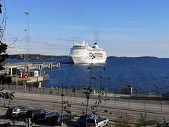 MV Columbus (skumroffe) Tags: mvcolumbus columbus cruiseship kryssningsfartyg ship schiff fartyg barco barca navire nynäshamnshamn nynäshamnport portofnynäshamn port hamn harbour harbor nynäshamn stockholm sweden cruisemaritimevoyages cmv