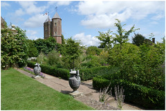 Sissinghurst .. (Jan Gee) Tags: sissinghurst castke gardens towers torens summer kent england greatbritain
