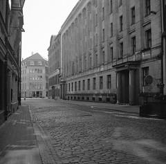 Riga (nikolaijan) Tags: yashica yashicamat 124g ilford panplus50 120 film riga 6x6 street bw