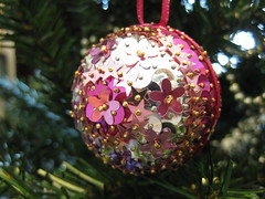 Hand Beaded Pink and Magenta Floral Christmas Bauble (raaen99) Tags: sequincoveredchristmasbauble sequincoveredchristmasball handmadechristmasbauble handmadechristmasball handmade handmadechristmasgift gift christmasgift bauble ball christmastheme christmasthemed ribbon christmasbauble christmasball christmastree christmasdecoration handbeaded handsequined decoration tree sequin pin shiny matte seasonsgreetings christmas2019 merrychristmas festive celebration flower flowersequin floralsequin starsequin star pink magenta silver pinksequin silversequin