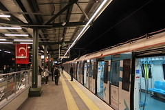 Marmary at Söğütlüçeşme train station, İstanbul (Timon91) Tags: turkey turkei turkije türkiye turkiye turk yht yüksek hizli tren high speed train rail railway ray tcdd trein spoor zug eisenbahn bahn bahnhof spoorweg trem rails railways railroad