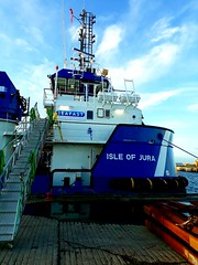 Isle of Jura (calzer) Tags: jura isle harbour sunday buckie newbuild caldive vessel damen services rsv 3315 renewables seafast ship steps bow